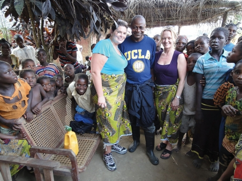Anne Rimoine and Nicole Hoff (PhD '14)with children in Democratic Republic of Congo