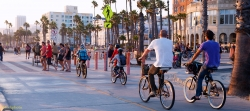 Bicyclists on an LA beach path / iStockPhoto