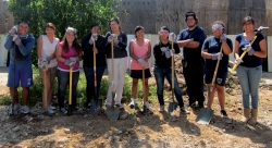 young people with shovels ready to work